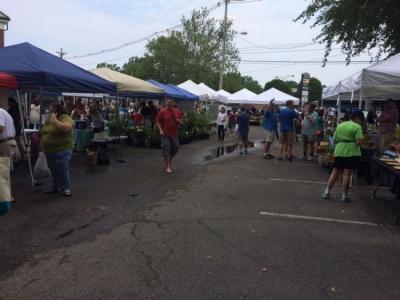 The St. Matthews Farmers Market in Louisville, KY.